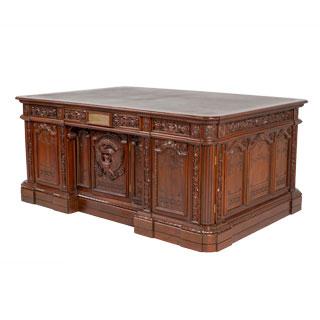 72''w x 48''d Walnut Presidential Desk DSK012482