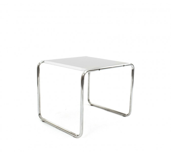 18''w x 16.5''d White Laminate Side Table TBL001255