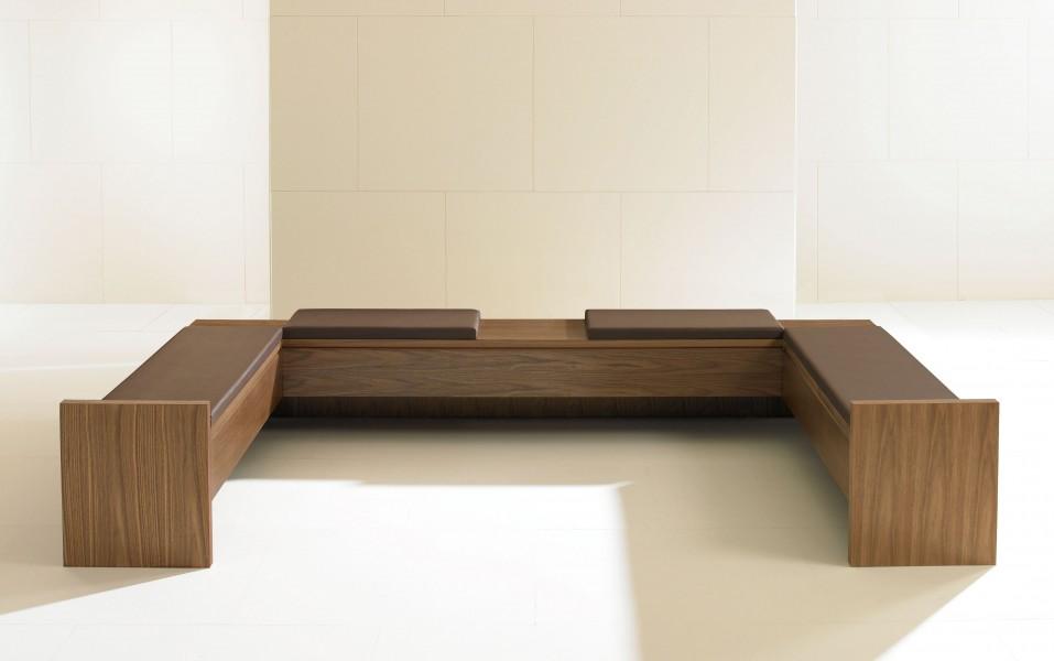 Linea Bench