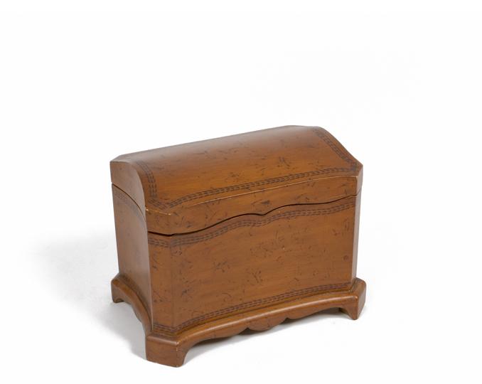 "11""h Dark Mahogany Box ACC004461"