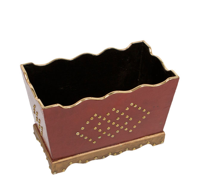 """9.5""""h Red Wood Planter ACC008495"""