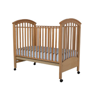 "45.5""w x 32""d Natural Wood Slated Baby Crib BED000183"