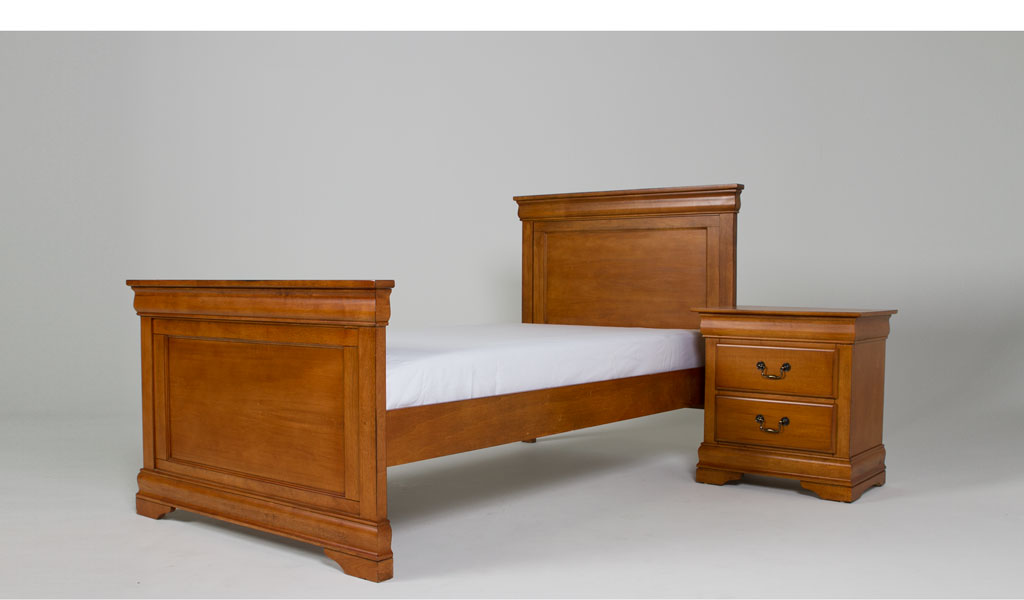 "79.5""w x 45.5""d Medium Oak Twin Bed BED011695"