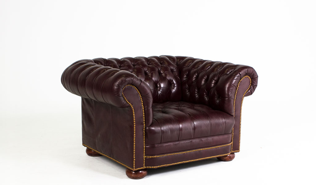 Blackberry Leather Chesterfield Club Chair CHR004814