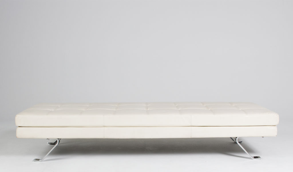 "80""w x 30""w Quilted White Leather Chaise CHR007810"