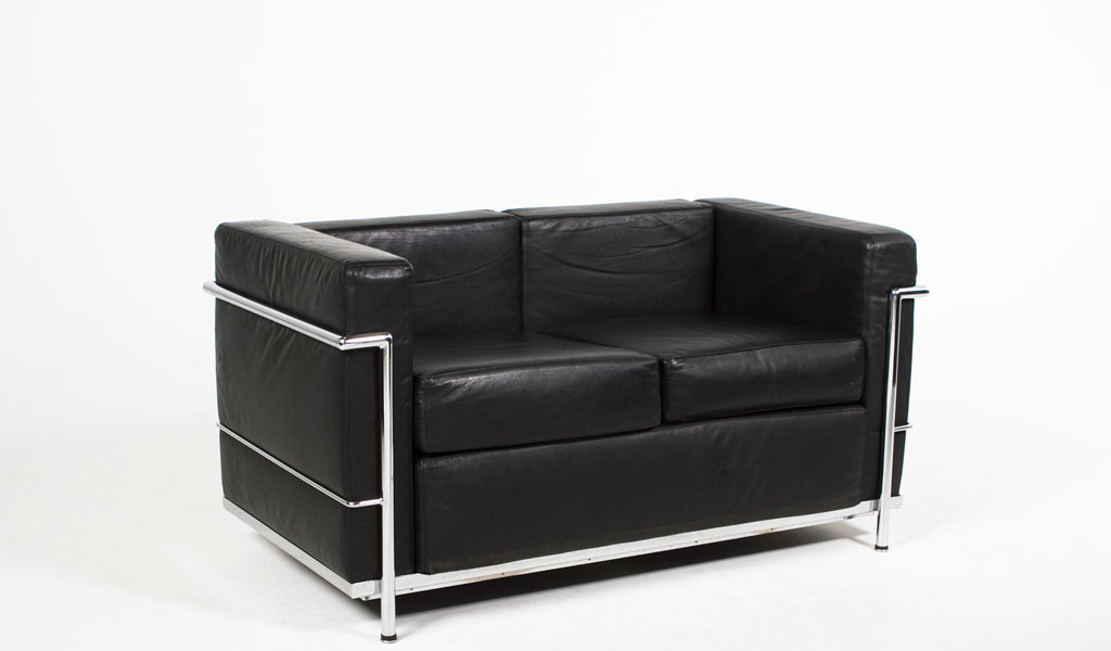 51''w x 27''d Black Leather Corbusier Style Loveseat LVS005615