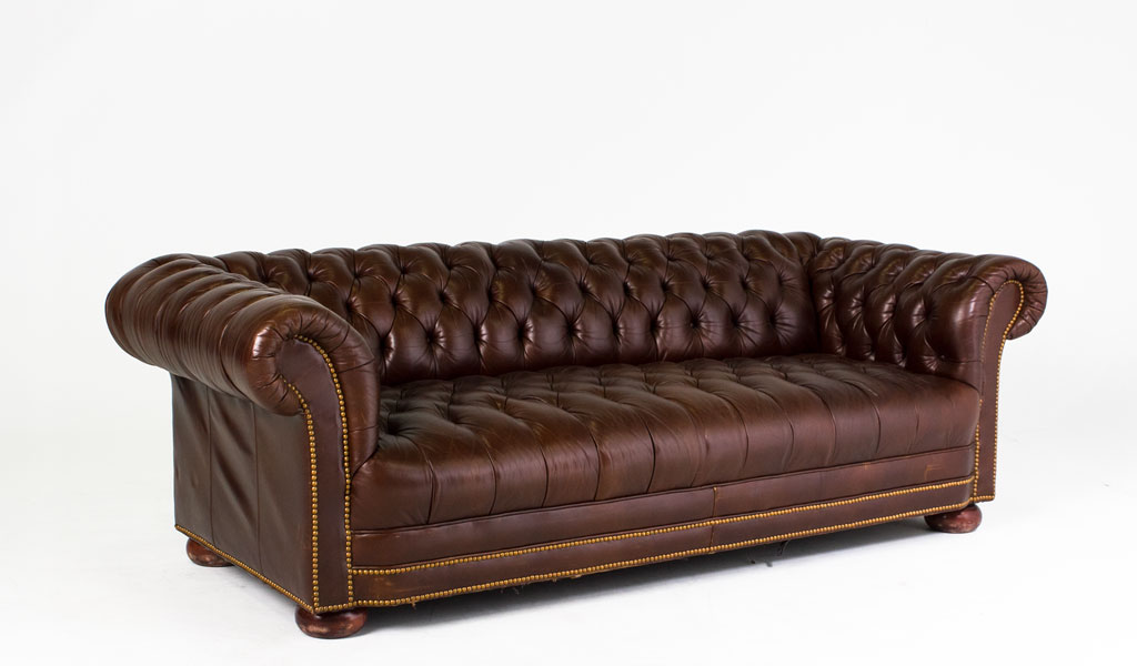 "88""w x 38""d Chestnut Brown Leather Chesterfield Sofa SOF006343"