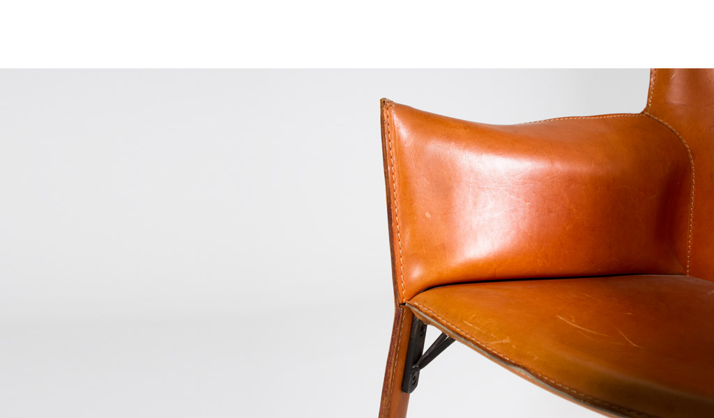Distressed Buckskin Leather Guest Chair CHR000841