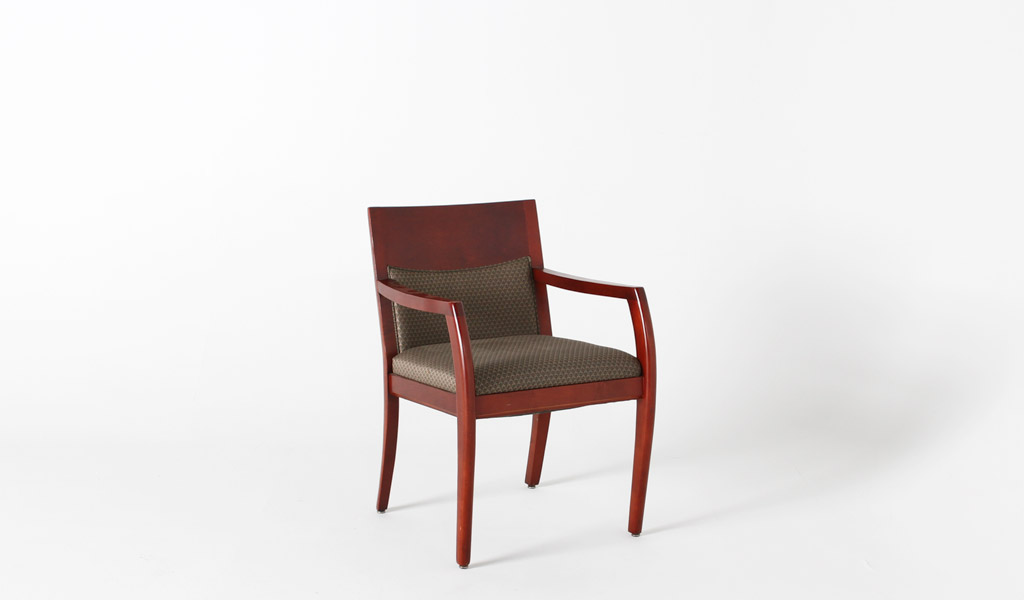 Medium Cherry Guest Chair CHR000867