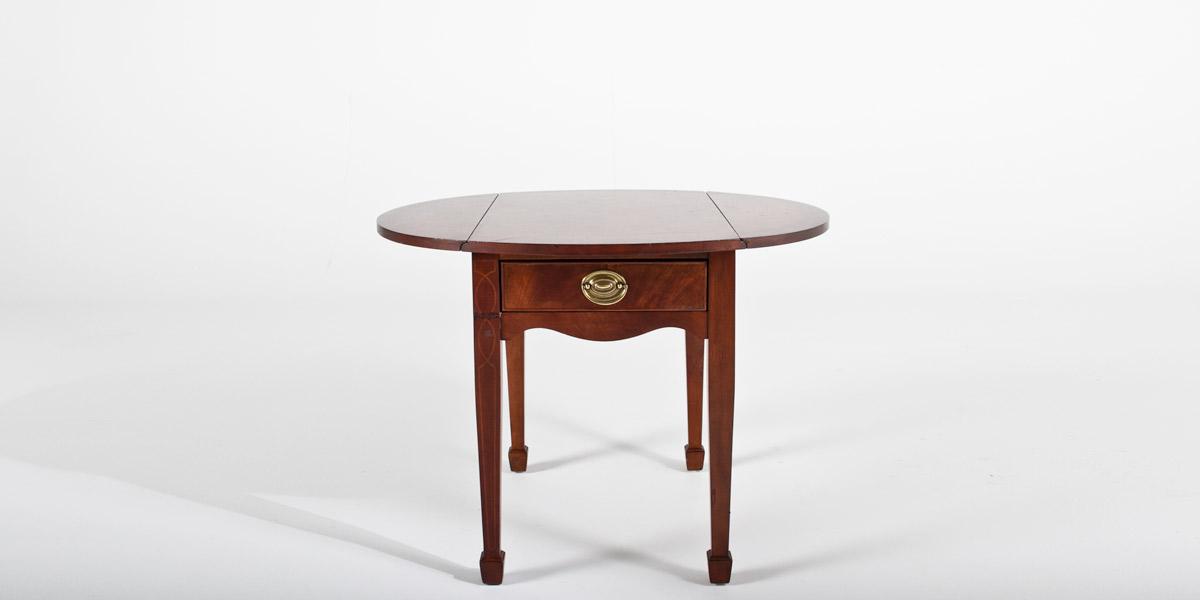 "36""w x 31""d Mahogany Oval Side Table TBL007544"