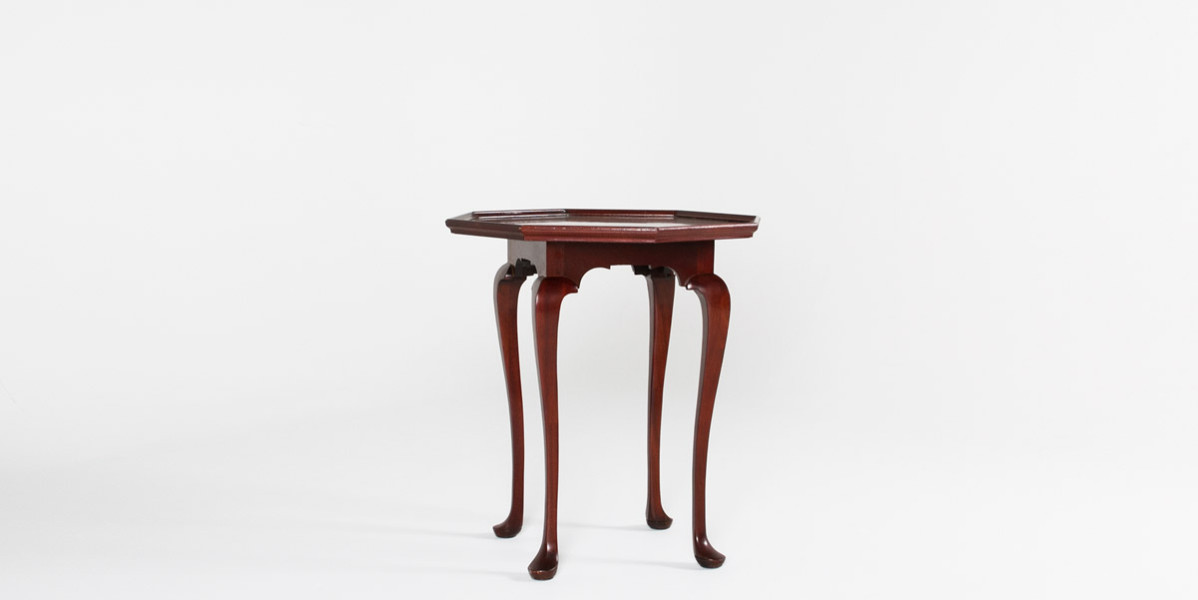 """26""""w x 26""""d Mahogany Traditional Side Table TBL009324"""
