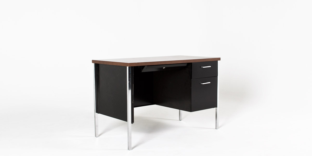 "45""w x 24""d Black Metal Desk DSK010684"