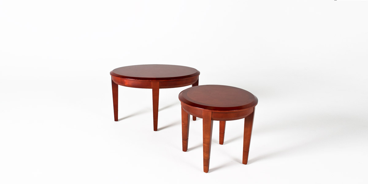 "31""w x 21""d Medium Cherry Oval Coffee Table TBL007678"