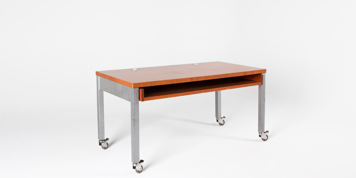 "60""w x 30""d Cherry Metal Pocket Desk DSK006801"