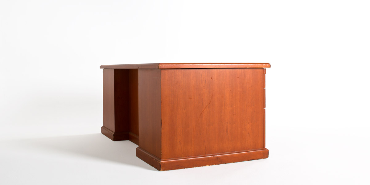 "72""w x 36""d Honey Cherry Desk DSK003515"