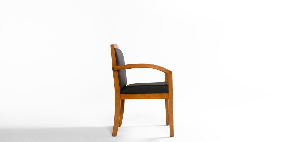 Light Cherry Guest Chair CHR013038