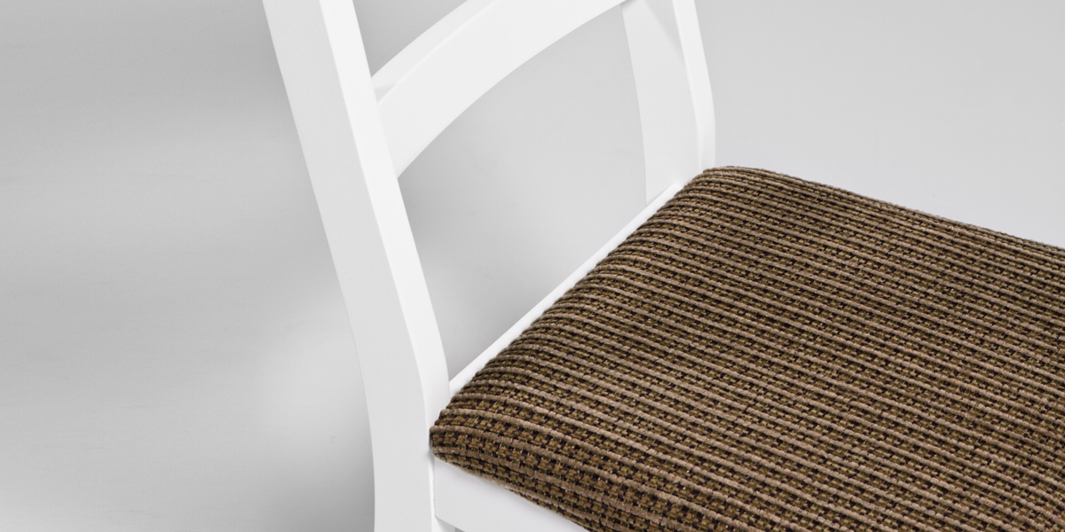White Side Chair CHR013352