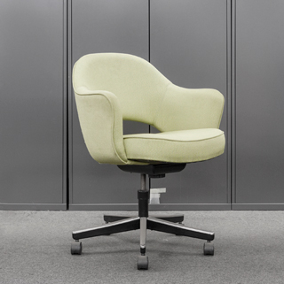 Knoll Saarinen Executive Guest Chair (qty:4) GUEST199