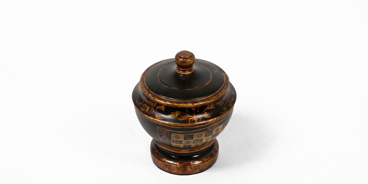 "8""h Black Vase ACC008382"