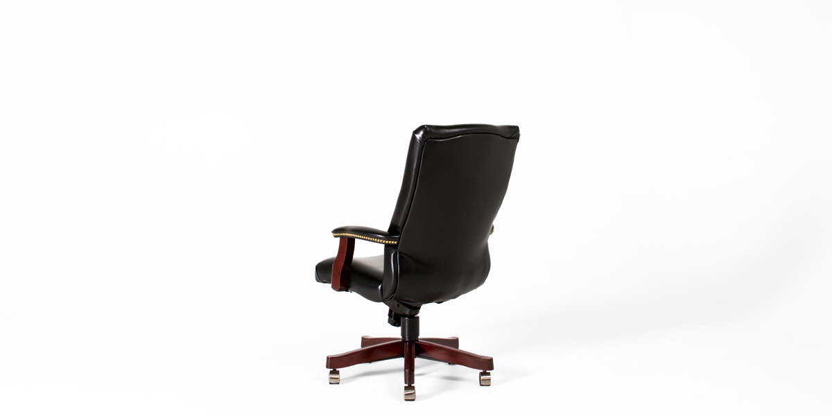 Black Vinyl Traditional Executive Office Chair CHR013384
