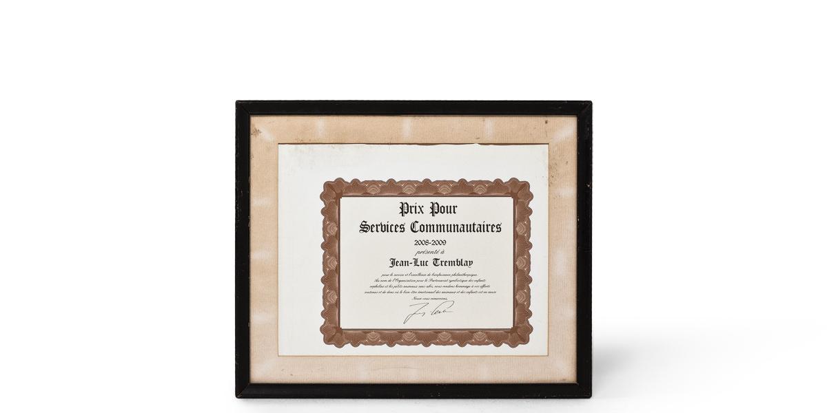 """23.5""""w x 19.5""""h Certificate ART001827"""