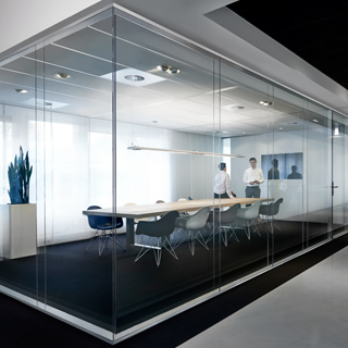 Maars Lalinea double-glazed architectural glass walls