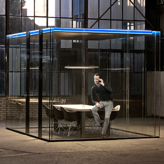 Maars LineaCube double-glazed collaborative shelter glass conference room
