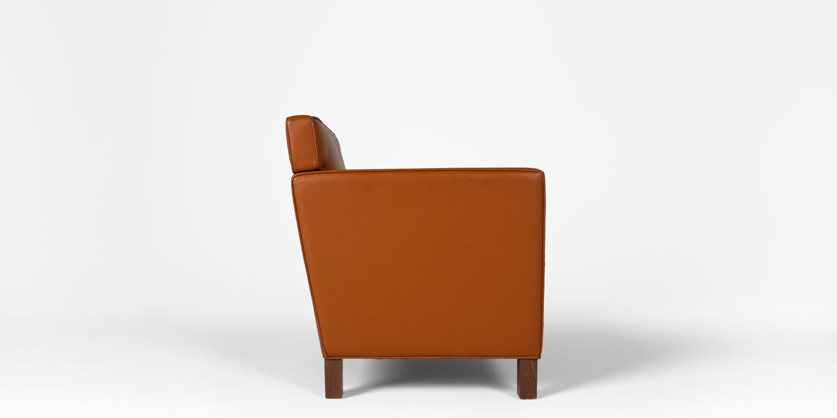 Saddle Brown Leather Club Chair CHR008869