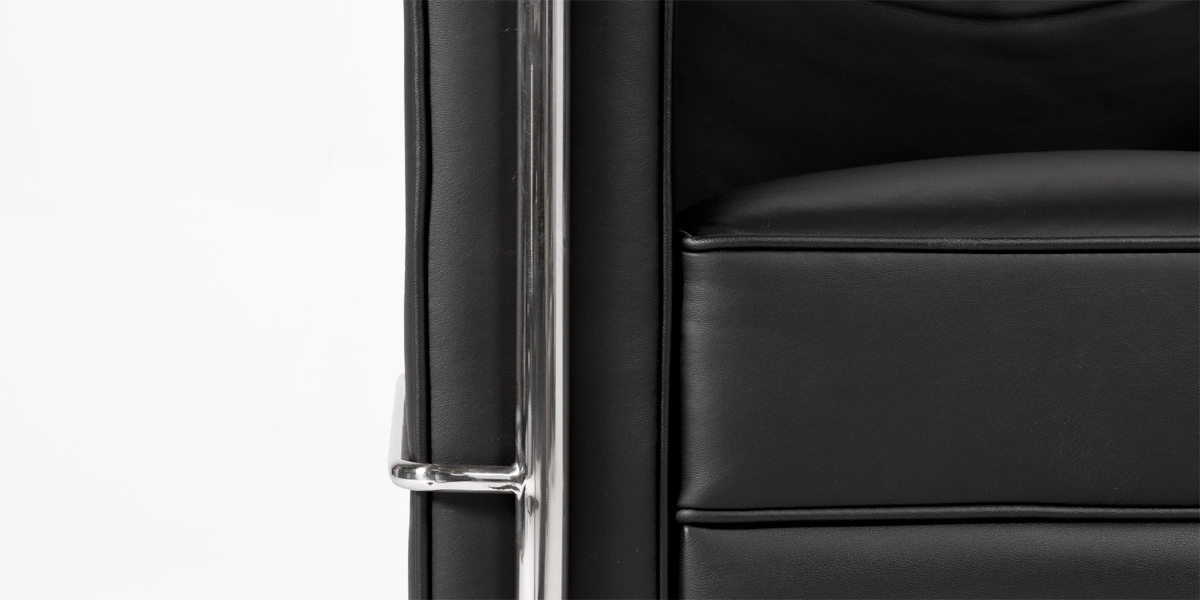 Black Leather Corbusier Style Club Chair CHR013380