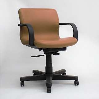 Knoll Bulldog Conference Chair (qty:4) TASK119