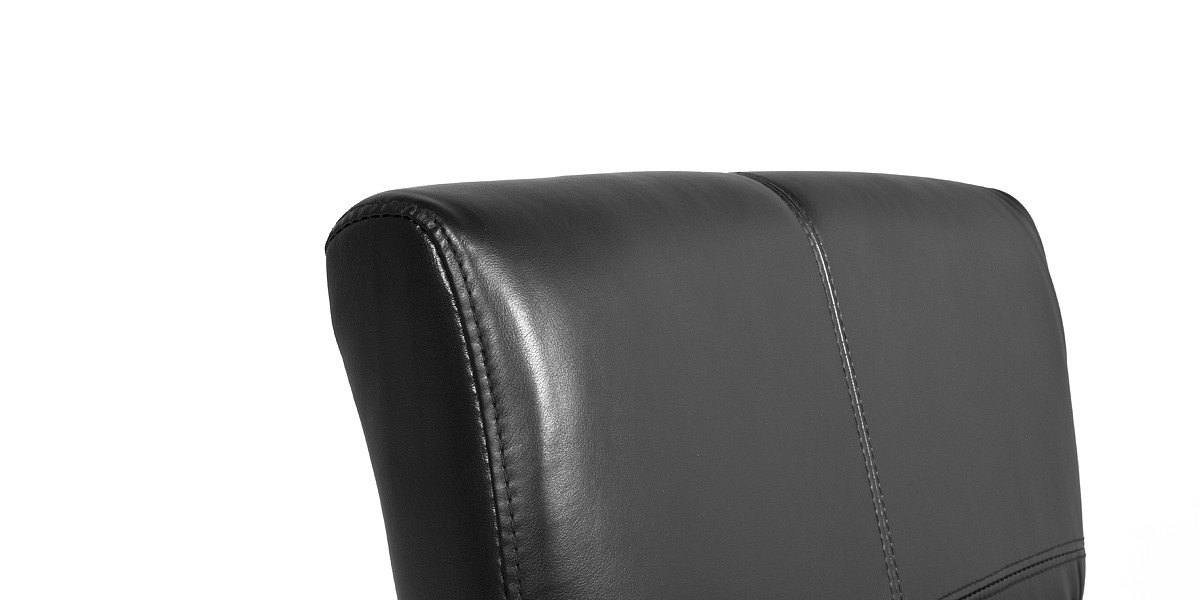 Black Leather Guest Chair CHR013370
