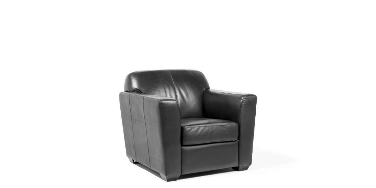 Black Leather Club Chair CHR008550
