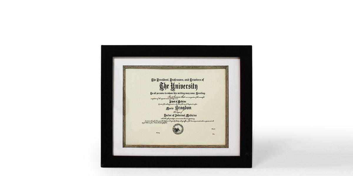 "19""w x 16""h Certificate Art ART012001"