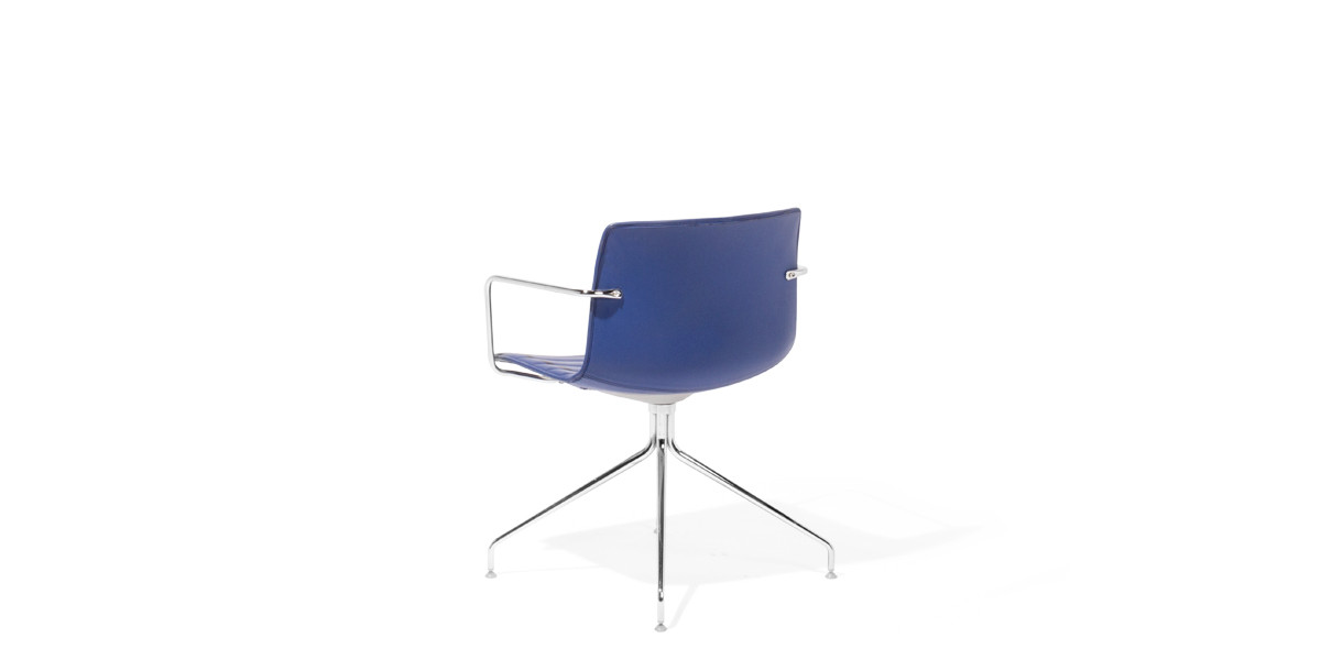 Blue Leather Swivel Guest Chair CHR008900
