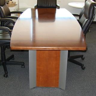 8' Conference Table (qty:1) TABLE103