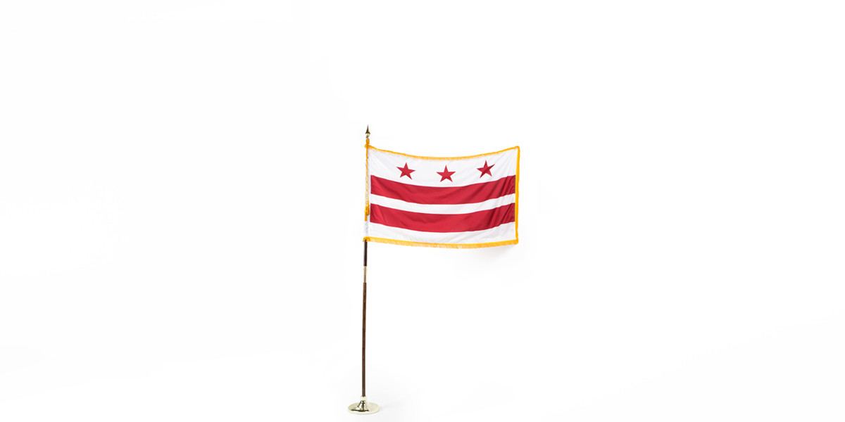 "60""w x 36""h District of Columbia Flag FLG013912"