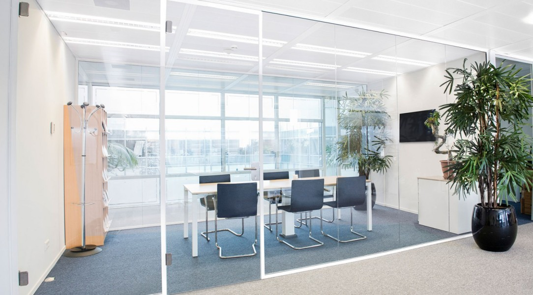 Maars Horizon - Single Glazed Glass Wall
