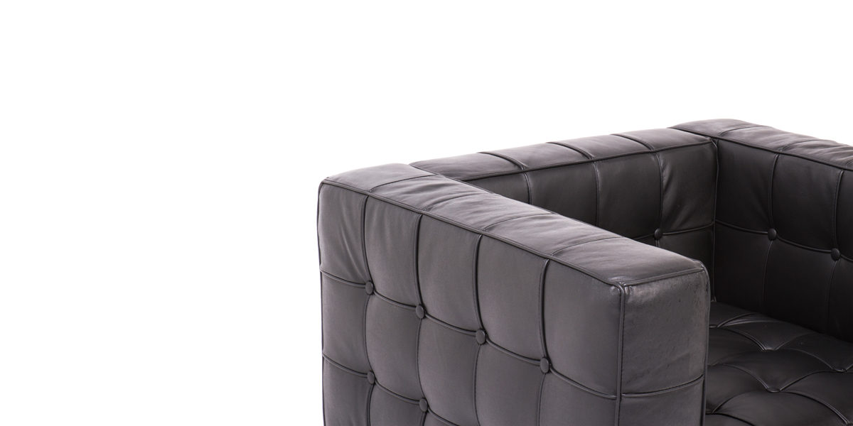 Black Leather Button Club Chair CHR008889