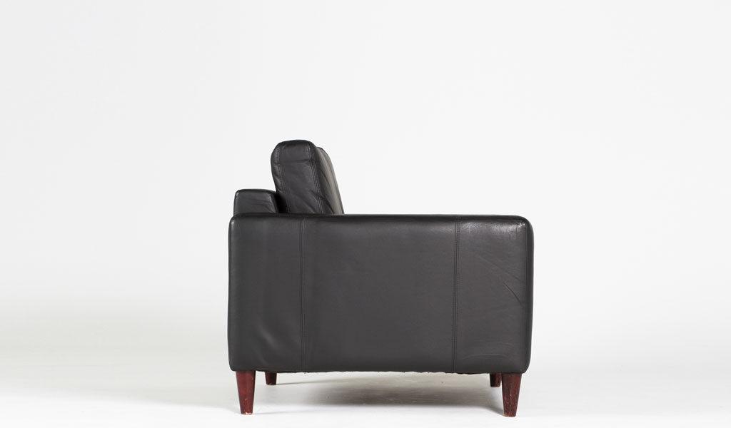 Black Leather Venice Club Chair CHR010218