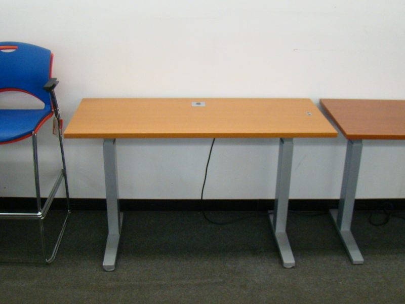 Height-Adjustable Electric Table Desk by Teknion (qty:4) TABLE121