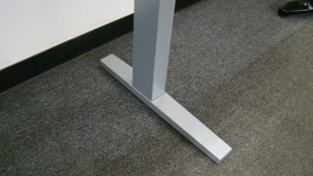 Height-Adjustable Electric Table Desk by Teknion (qty:2) TABLE122