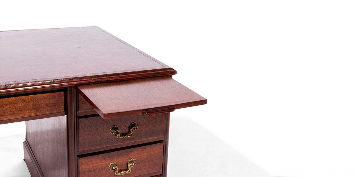 "65.5""w x 36""d Mahogany Desk DSK014091"