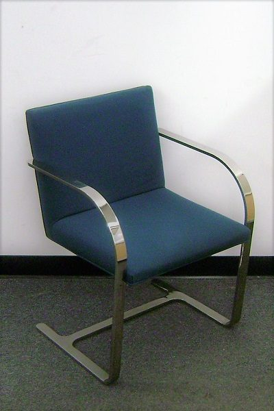 Knoll Brno Style Guest Chair (qty:1) GUEST182