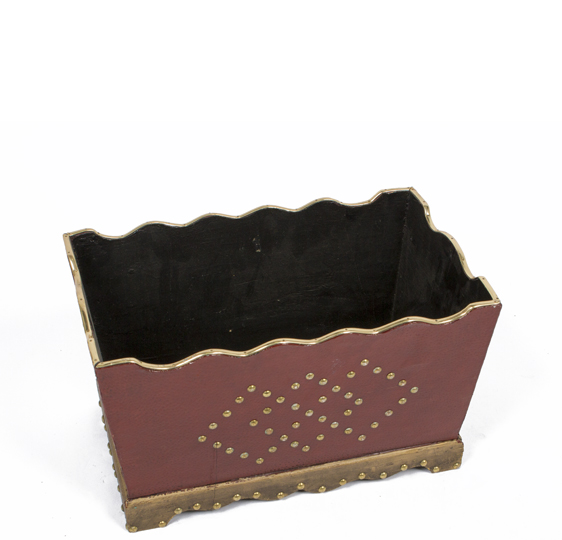"9.5""h Red Wood Planter ACC000974"