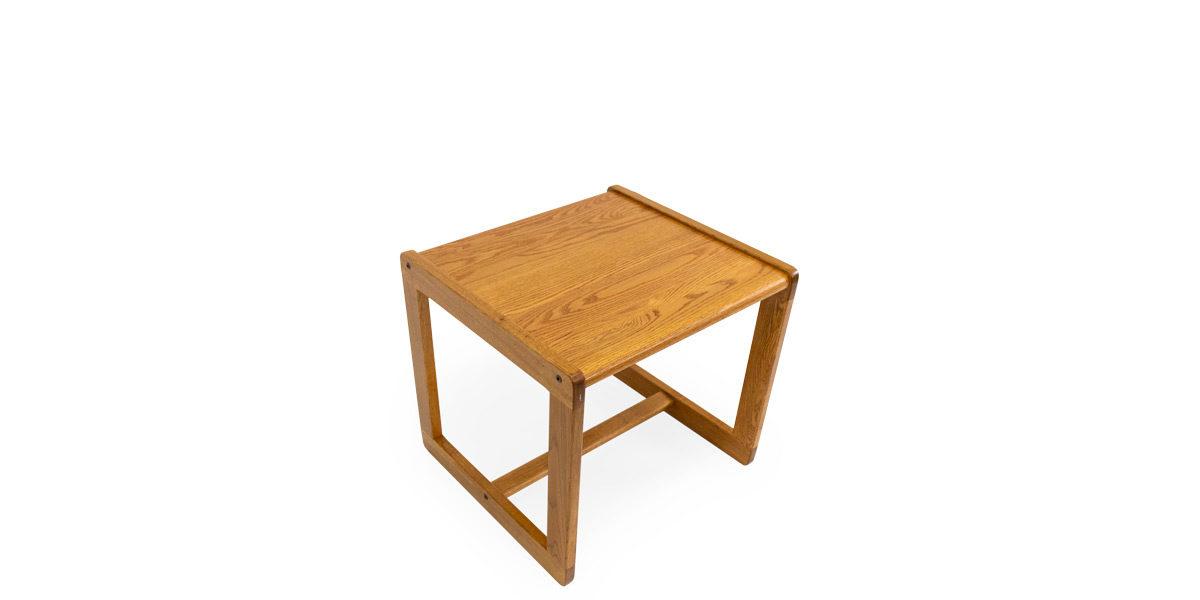 """22""""w x 20.5""""d x 20""""h End Table Medium Oak TBL014509"""